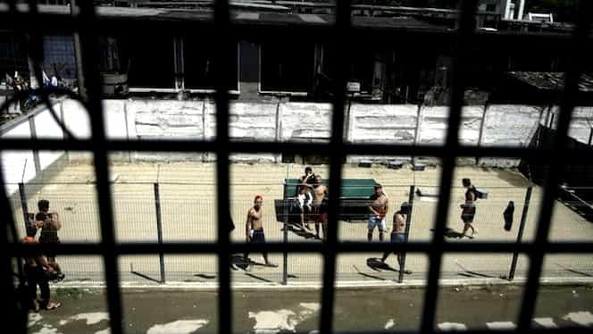 Al doilea incendiu la Penitenciarul Rahova, acolo unde este reținut și Liviu Dragnea! Mai multe persoane au fost internate la spital. Update