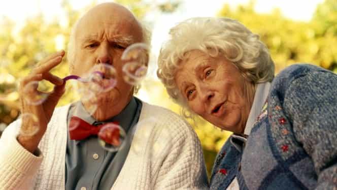 Au mărit pensiile cu 447 euro! Cum a fost posibil o asemenea creștere la nemți