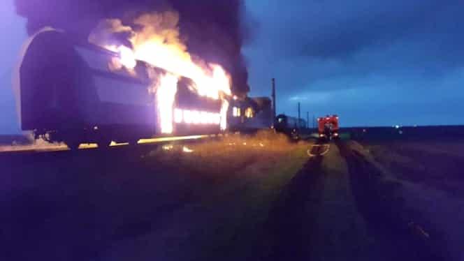 ALERTĂ CFR! Un tren a luat foc în Teleorman. Toţi călătorii s-au autoevacuat