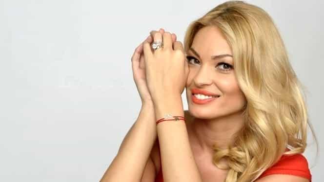 Valentina Pelinel a născut! Cristi Borcea are 9 copii. Cum se vor numi gemenele