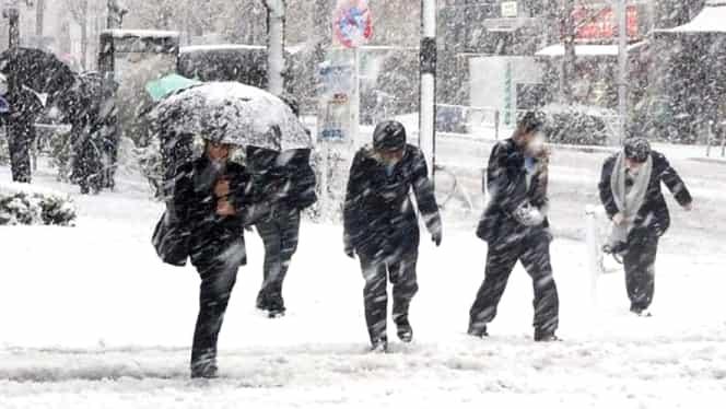 ANM a emis un nou cod galben de vreme rea: ninsori abundente și ploi, în jumătate de țară