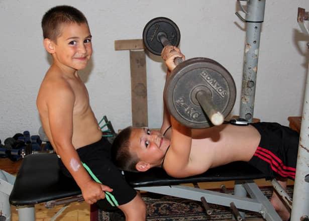 Cum arată Micul Hercule la 14 ani! A rărit antrenamentele, după avertismentele medicilor