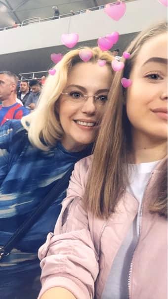 Asa arata acum Raluca Moianu. Fosta prezentatoare TV este foarte fericita alaturi de fiica ei, pentru care spune ca isi face timp intotdeauna.
