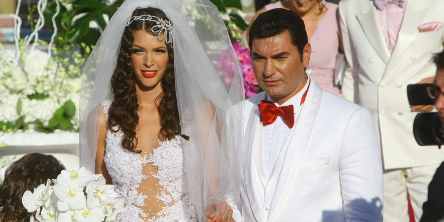 SFÂȘIETOR! Cum a ajuns sa arate la 2 ani de la divortul de Borcea! Alina Vidican s-a operat și seamănă izbitor de mult cu Valentina Pelinel