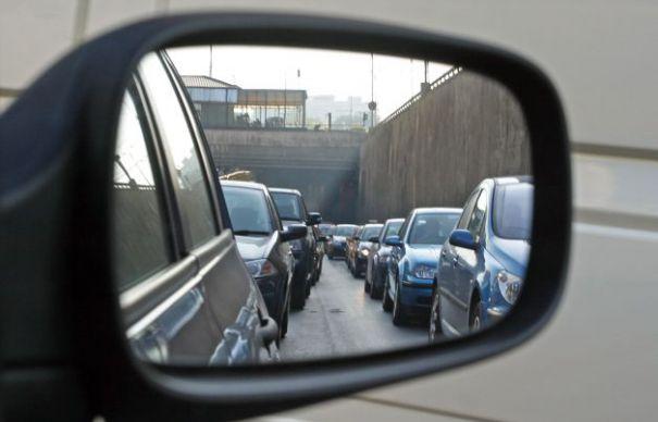 Rămâne de văzut acum ce se întâmplă cu taxa auto, după ce specialiștii Ministerului Mediului vor găsi o formulă de calcul diferită față de cele până acum