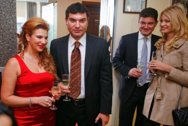 SOCANT! Cum a ajuns sa arate Mihaela Borcea, dupa operatie! FOTO A uitat Borcea de ea?! Prima sotie a ajuns de nerecunoscut!