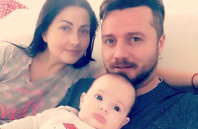 Conform informațiilor din presă, Gabriela Cristea a trecut prin multe greutăți pentru a aduce pe lume un copil.