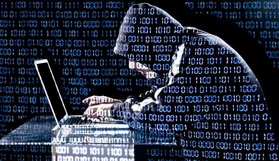 Există o variantă de hackeri- crackeri care sparg sisteme informatice doar pentru a demonstra existența unosr vulnerabilități în sistem, pe urmă comunicând proprietarilor/producătorilor sistemelor existanța acestori exploituri și modul în care se pot proteja de astfel de atacuri.