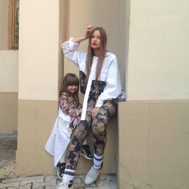 """Controversata Iulia Albu este deja mamica unei fetițe, Mikaela, în vârstă de 8 ani. Jurata de la emisiunea """"Bravo, ai stil"""", de pe Kanal D, ar vrea să-i dăruiască fiicei ei, pe care o are din urma relației cu Mihai Albu"""