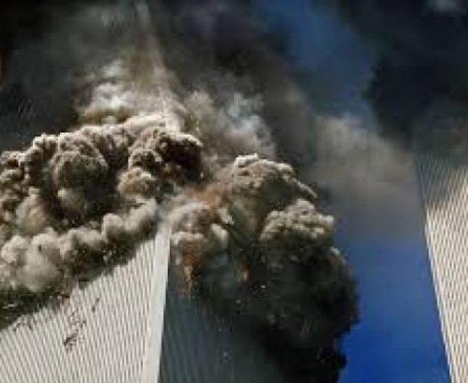 Imagini de la tragicul eveniment din 11 septembrie 2001