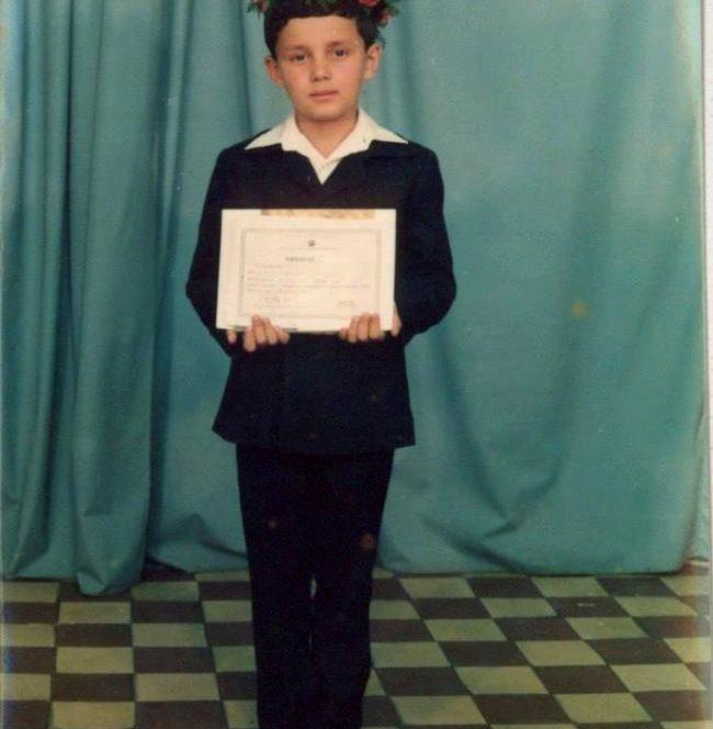 Catalin Maruta in primele zile din clasa primara