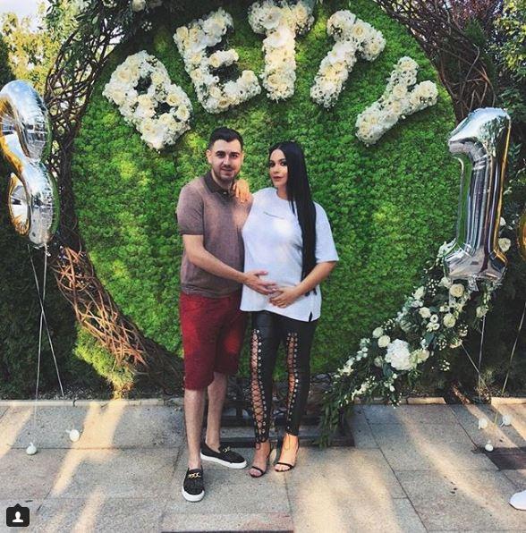 Betty Salam a anuntat fanii că se simte rău in ultimele sale zile de sarcina