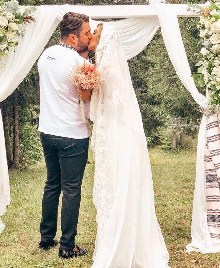 Diana Dumitrescu s-a căsătorit! Primele imagini de la nuntă