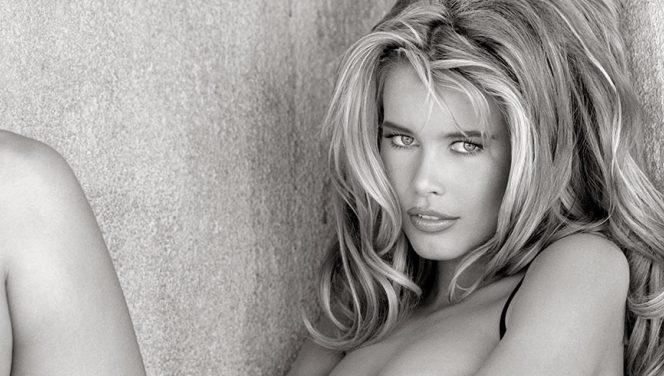 Cum arată Claudia Schiffer la vârsta de 48 de ani. Galerie FOTO