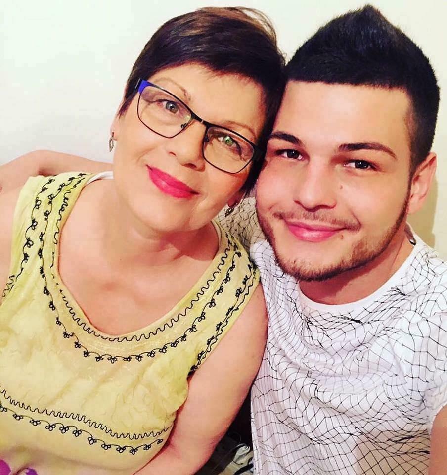 razvan Botezatu a fost abuzat sexual de doi baieti în copilarie