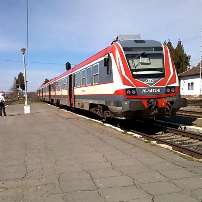 Schimbări pentru călătorii cu trenul de la 1 iulie 2019, anunță ministrul Transporturilor, Lucian Șova