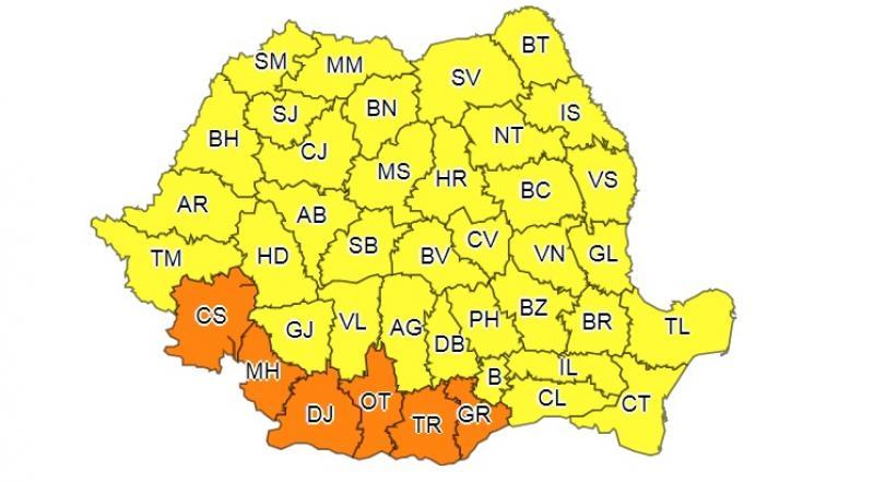 Codul portocaliu emis de meteorologi este valabil pentru aproape toată țara