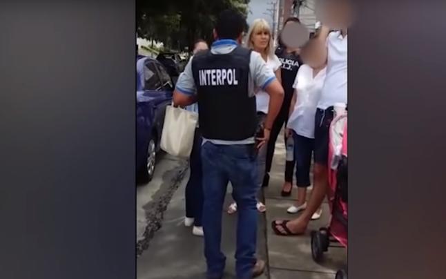 Elena Udrea a fost arestată de pe stradă de Interpol, iar iubitul ei nu înțelege de ce autoritățile au intervenit așa