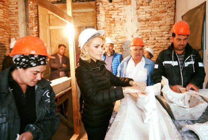 Gabriela Firea la refacerea clăridilor cu risc de seism din Capitală