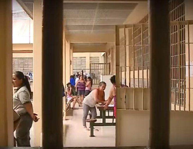 Închisoarea unde eunt reținute Elena Udrea și Alina Bica