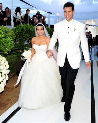 Să tot arăți precum Kim Kardashian la 38 de ani!
