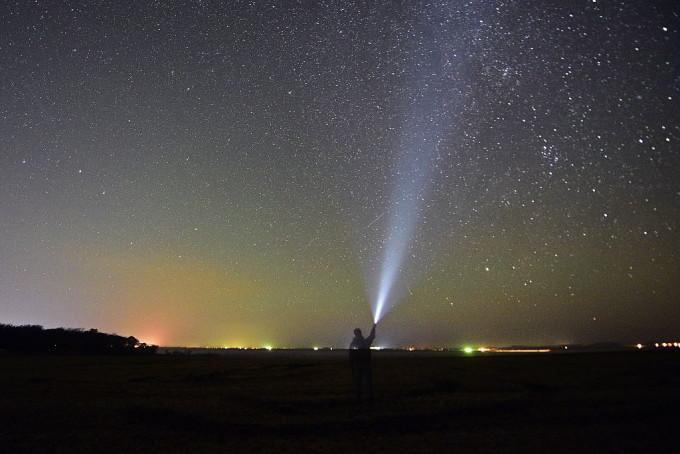 """Orionidele vor putea fi văzute cu ochiul luber, conform Observatorului Astronomic """"Amiral Vasile Urseanu"""" din București. Bucurați-vă de spectacol!"""