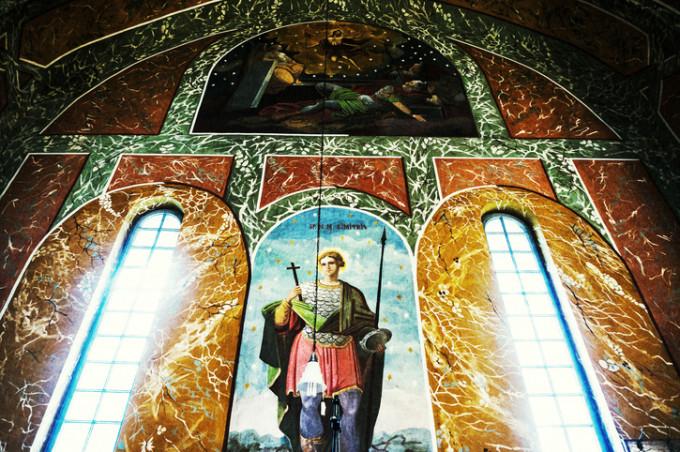 """Sfântul Dumitru, este, după hramul Sfintei Parascheva ultima și cea mai importantă sărbătoare religioasă a toamnei, care """"descuie"""" iarna"""