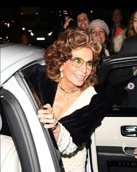 La 84 de ani, Sophia Loren încă mai întoarce privirile
