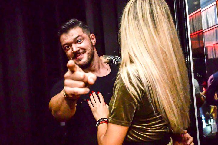 Daniela este sosia Biancăi Drăgușanu care l-a înnebunit pe Victor Slav