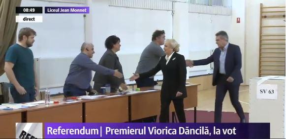 Viorica Dancila a votat pro-casatorie între persoane dintre aceleasi sexe