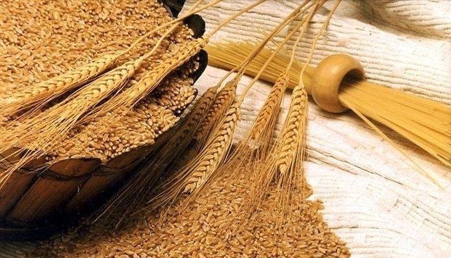 10 alimente sănătoase care vă scapă de constipație: tărâțe de grâu. Nu-s gustoase, dar sunt sănătoase!