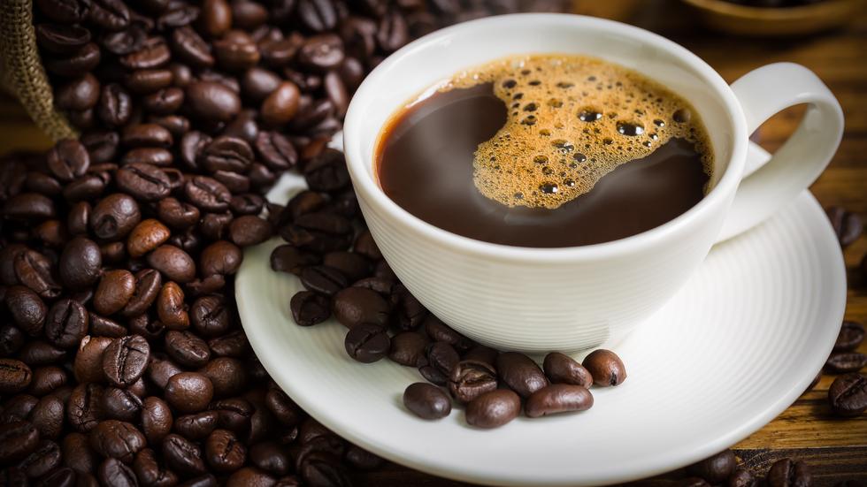 10 alimente sănătoase care vă scapă de constipație: cafeaua este nu numai gustoasă