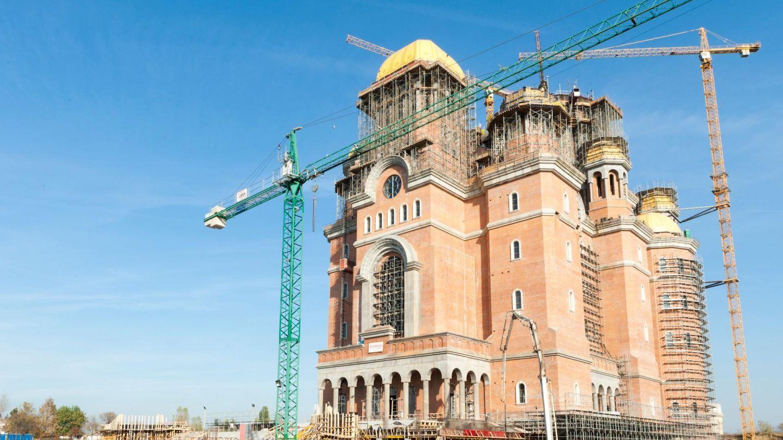 Catedrala Mântuirii Neamului înainte de sfinţire