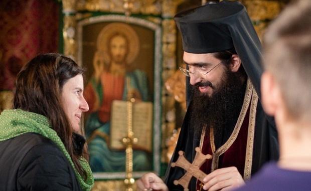 Când visezi un preot, cel mai nimerit este să mergi să discuți cu un preot care să-ți interpreteze visul cu har duhovnicesca