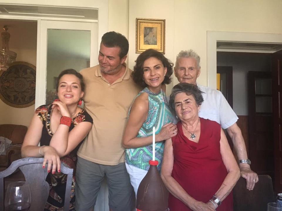 Așa arată Ramona Bădescu la 49 de ani. Este una dintre cele mai apreciate românce din Italia