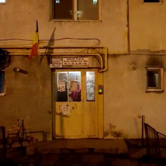 Scara în care s-a petrecut dubla crimă din Buftea fotografiată din exterior