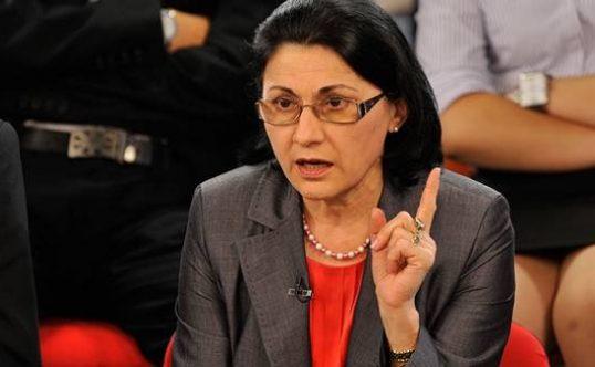Ecaterina Andronescu, SCHIMBARE majora la Educatie! Toti elevii vor fi AFECTATI