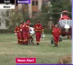 Operația, realizată de doi medici rezidenți la Spitalul Județean din Craiova, a decurs bine, însă doctorii au ales să-l trimită la un spital din Capitală. Se pare că elicopterul în care se află Busu va ateriza în București la orele 15:30, potrivit Cancan.ro