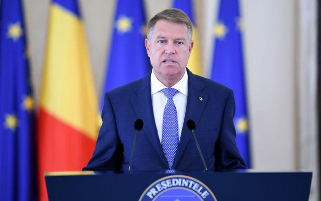 Klaus Iohannis în timpul unui discurs. Preşedintele României vorbind cu presa