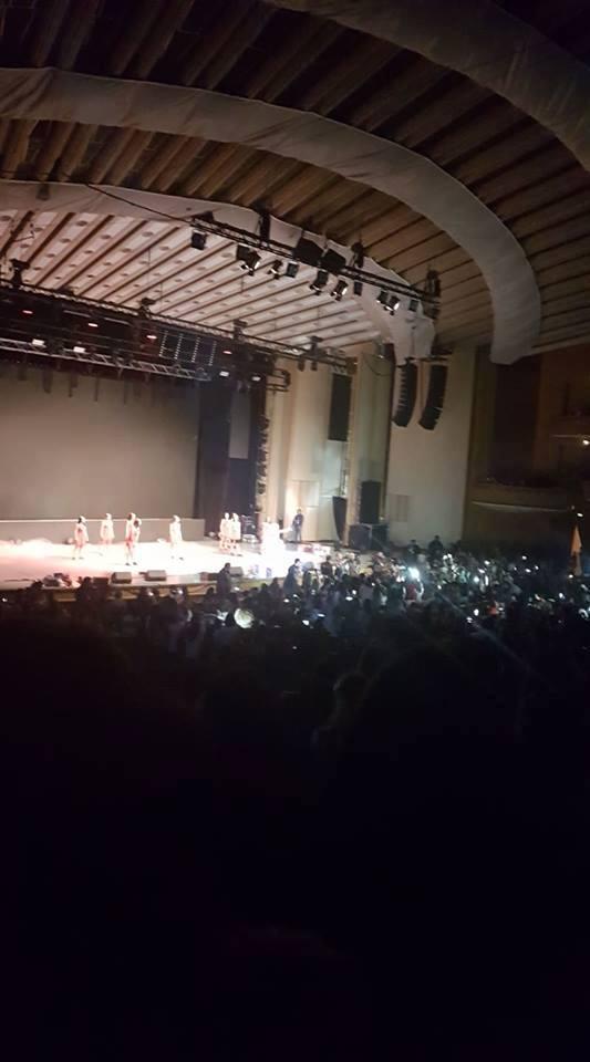 Lumini stinse la concertul Iulianei Beregoi, din cauza unor probleme tehnice.