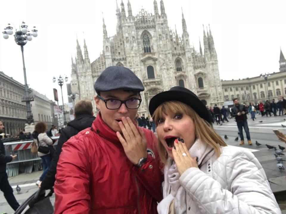 Marina Almășan și Victor, fiul său, la Milano