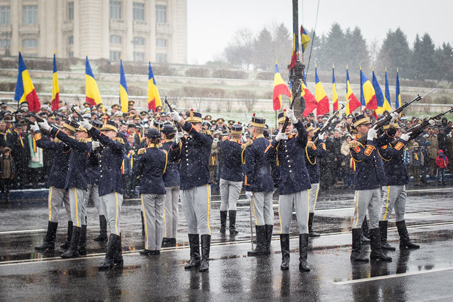 infotrafic strazi inchise de 1 decembrie parada militari