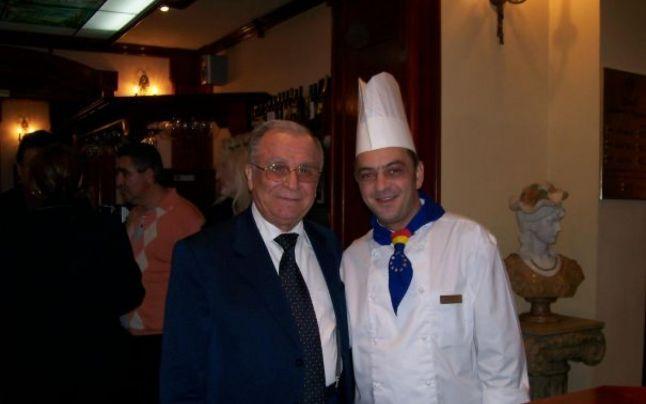 Plăcintă cu brânză i-o fi gătit olteanu Ducu Paraschiţa președintelui Ion Iliescu? Mâncarea preferată a acestuia erau... chifteluțele!