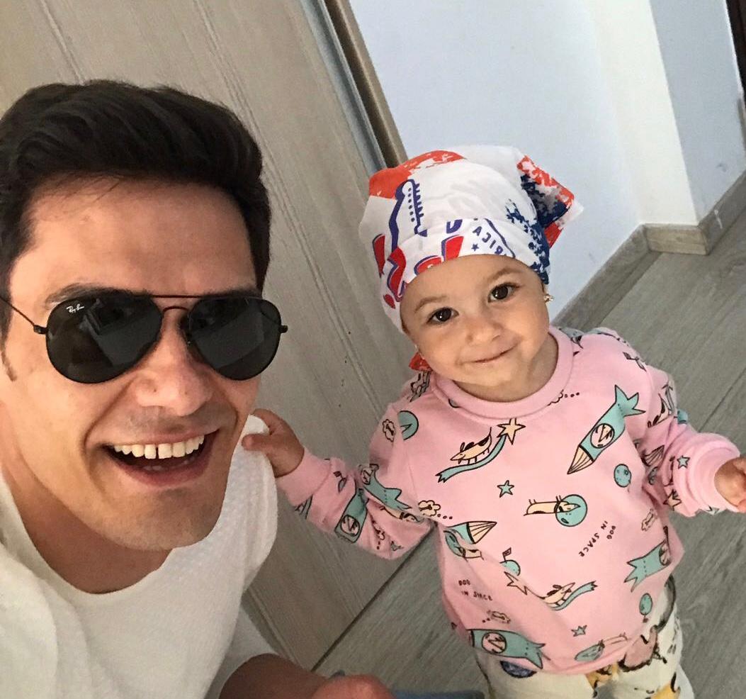 Andreea Bălan are deja o fetiță pe nume Ela, cu actorul George Burcea