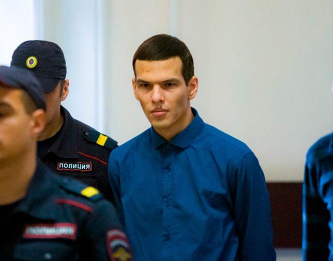 El este Alexander Altapov, cel care a ucis-o cu bestialitate pe tânăra de 20 de ani