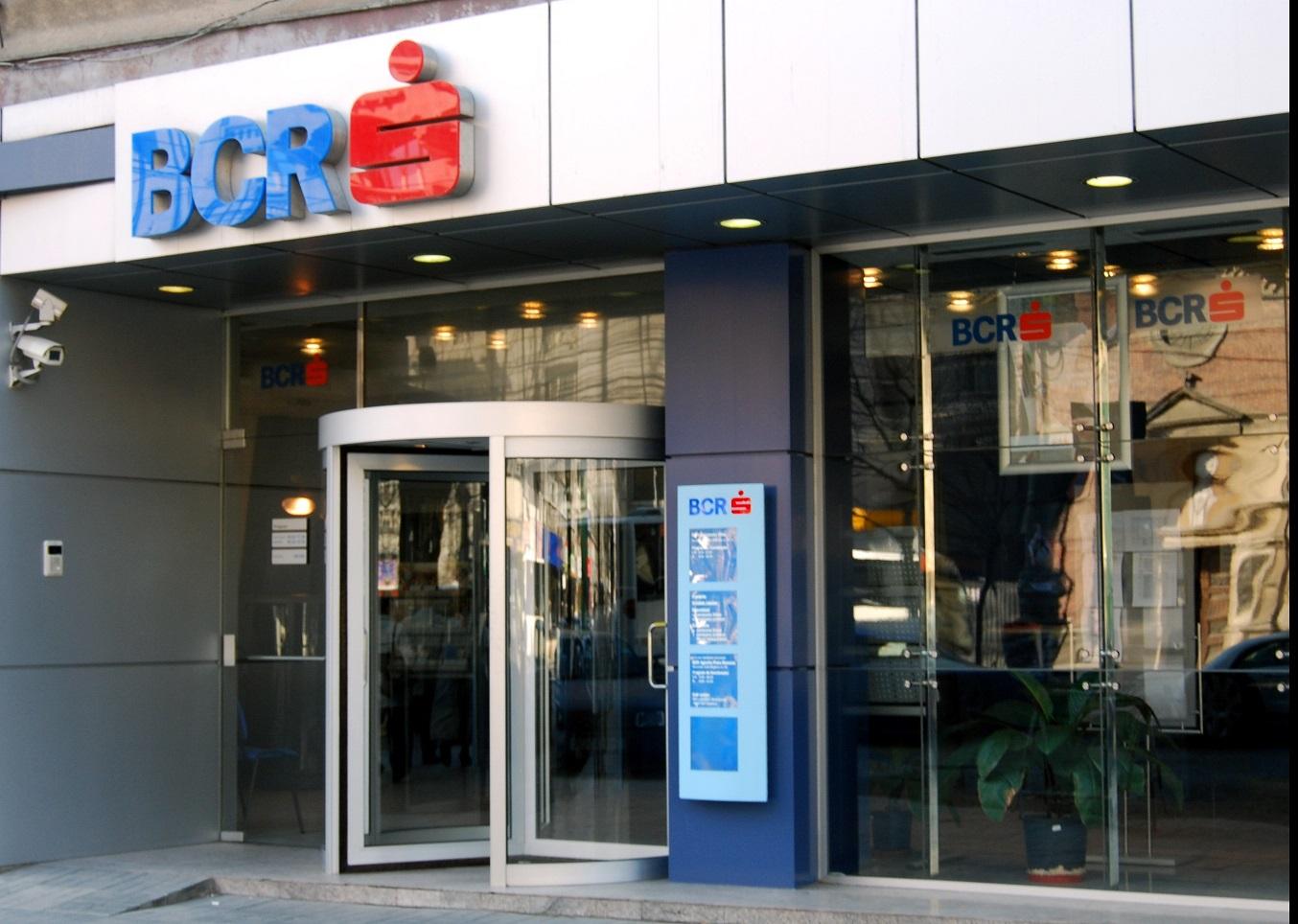 Băncile se închid de Crăciun. Programul BCR. Când se redeschide