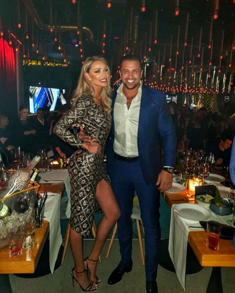 Bianca Drăgușanu și Alex Bodi formează un cuplu de trei luni. Se pare că afaceristul a cucerit-o iremediabil, lucru care o aduce pe Bianca la un pas de măritiș.