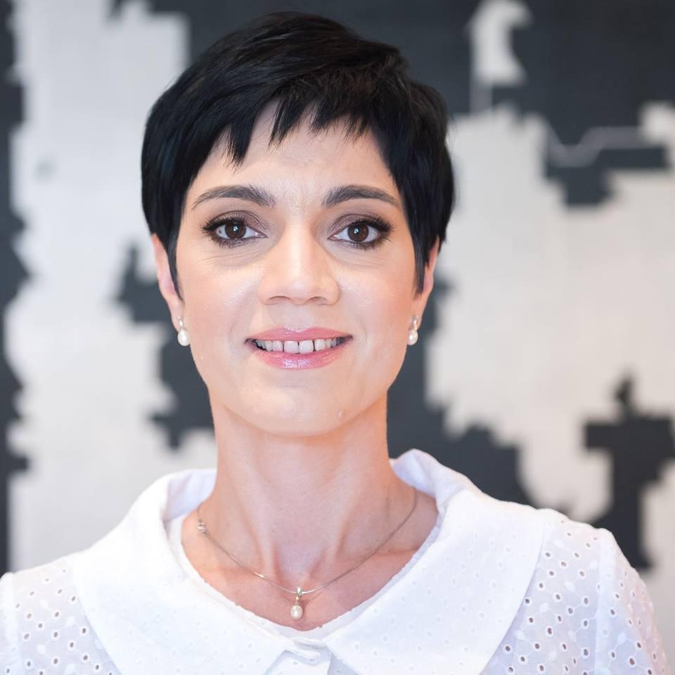 Delia Dinu, șefa de protocol a lui Klaus Iohannis și consilier prezidențial