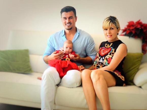 Elena Udrea, iubitul său, Adrian Alexandrov și fiica acestora, Eva Maria