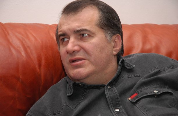 Florin Călinescu, în timpul unui interviu